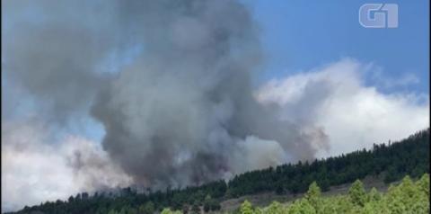 VÍDEOS: Vulcão entra em erupção nas Ilhas Canárias espanholas