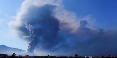 Vulcão deixa Ilha de La Palma, na Espanha, irreconhecível