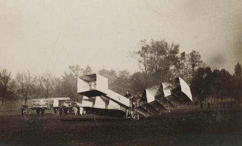 Primeiro voo há 115 anos: Santos Dumont aliou invenções à ciência